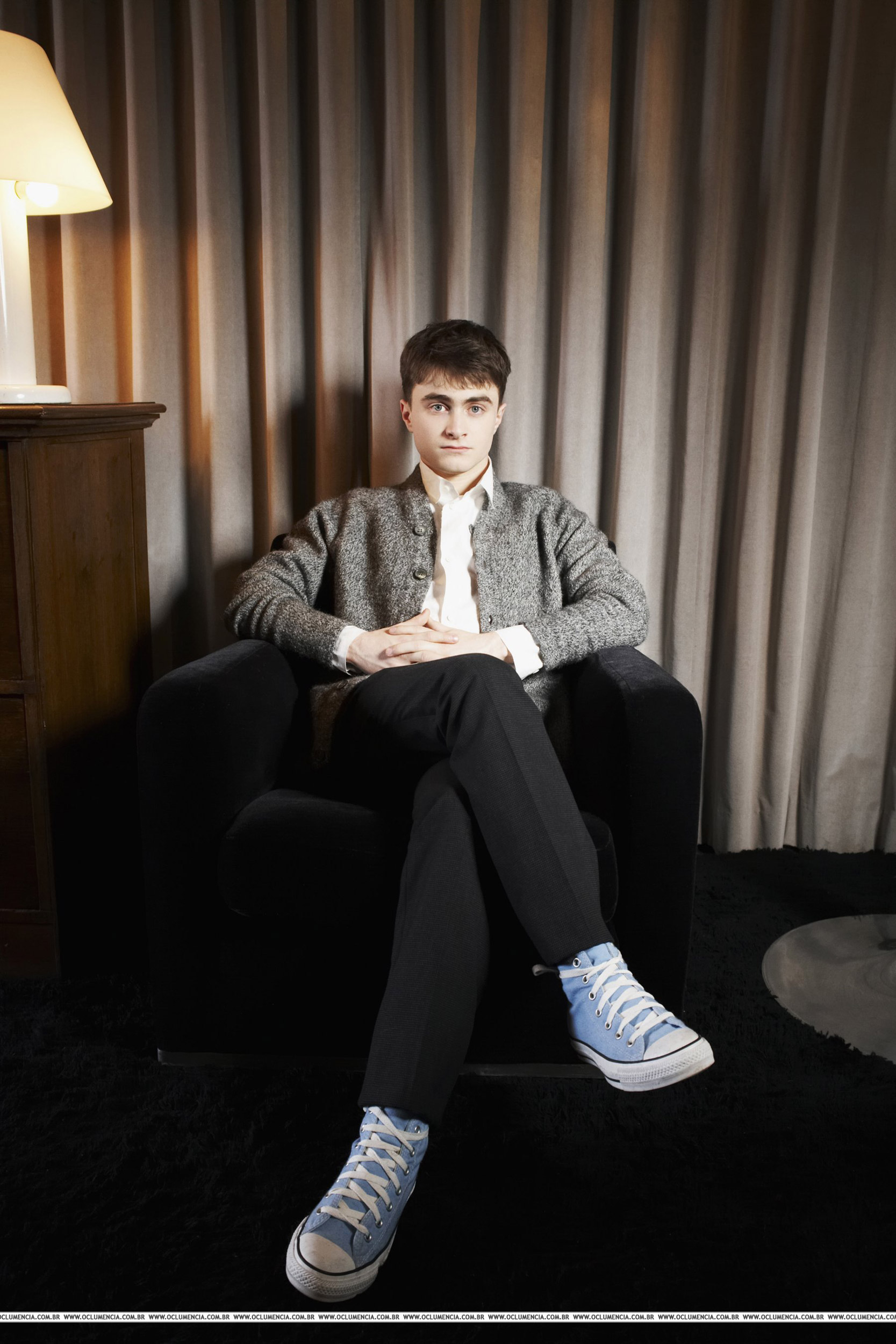 http://potterland.ru/uploads/posts/2009-09/1252670059_daniel_radcliffe_shoot2007.jpg