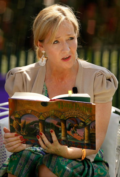 the criticism and possibilities of the use of j k rowlings novel series harry potter in classrooms Discuss jk rowling's harry potter series in relation to (a) literature and (b) popular culture include your personal views of the series.